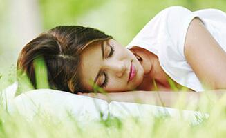 nat rlich und gesund schlafen dos und don ts im schlafzimmer. Black Bedroom Furniture Sets. Home Design Ideas